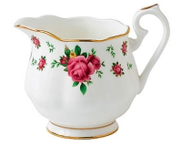 Сливочник Royal Albert New Country Roses White Vintage 250мл